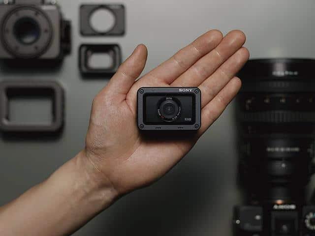 Sony 1.0 Type Sensor Ultra Compact Camera Review